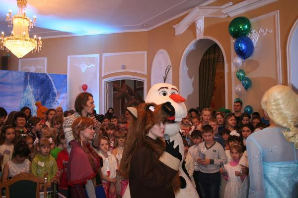 Традиционная Губернаторская новогодняя елка пройдет в драмтеатре