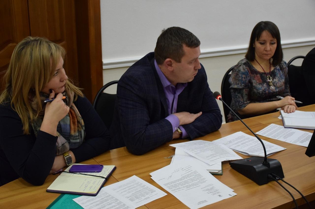 В администрации города обсудили выполнение нацпроектов в регионе