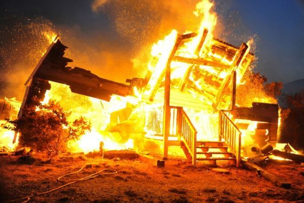 В Рассказовском районе при пожаре погиб 62-летний мужчина