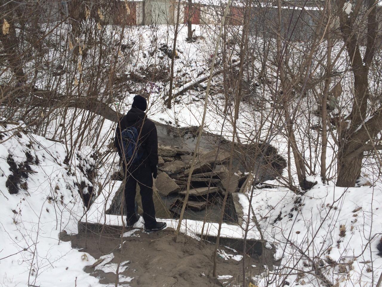 Общественники требуют очистить реку Студенец от туалетов, свалок и автомоек