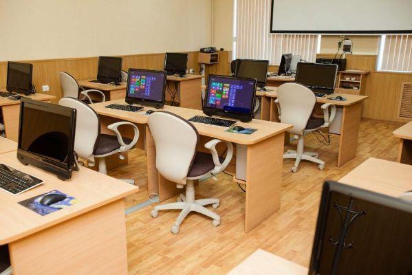 Около ста тамбовских школ обновят компьютерные классы