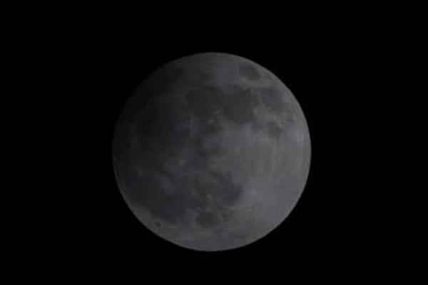 Сегодня ночью тамбовчане увидят первое лунное затмение 2020 года