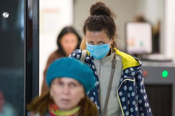 Специалист Минздрава назвал срок, когда в России может появиться коронавирус