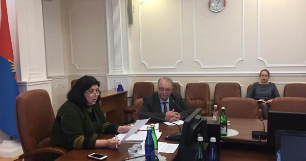 Вадминистрации области обсудили меры попредупреждению распространения короновирусной инфекции натерритории региона