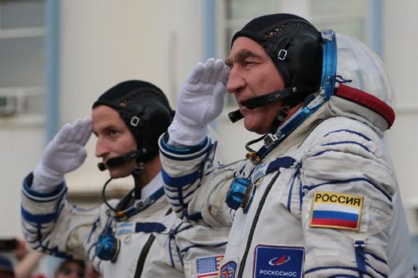 Лётчик-космонавт из Моршанска Александр Скворцов возвращается на Землю