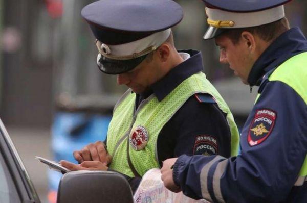 Штрафы для таксистов за нарушения ПДД могут увеличить в два раза