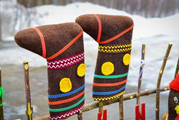 Сражение на бревне и модная примерка: в Тамбовской области проведут праздник валенка