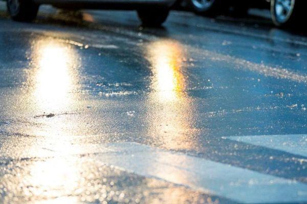 Тамбовских водителей предупреждают о гололедице на дорогах