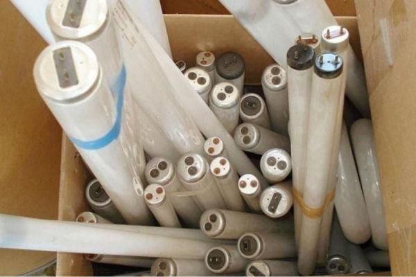В Тамбовской области на утилизацию сдали более 15 тысяч люминесцентных ламп