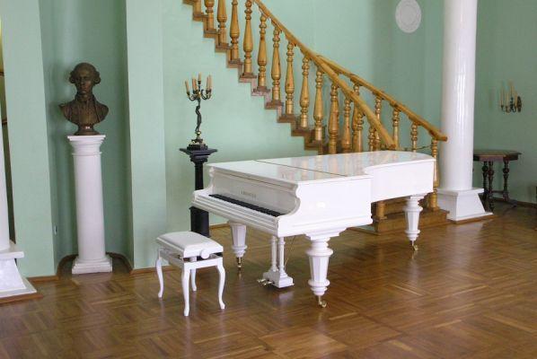 В усадьбе Рахманинова пройдут более ста концертов и фестивалей к 150-летию композитора