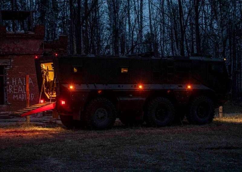 Спецназ отработал штурм условного противника в Тамбовской области