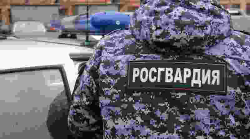 В Тамбове мужчина избил сотрудника вневедомственной охраны