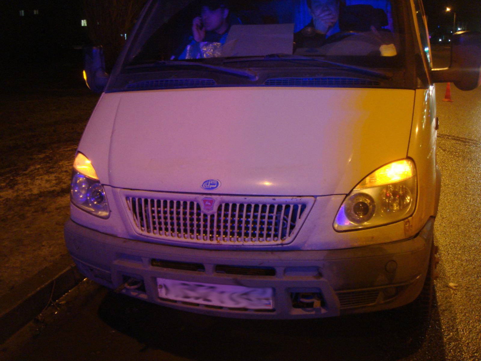 В Тамбове мужчина на легковушке переехал женщину, которая лежала на дороге