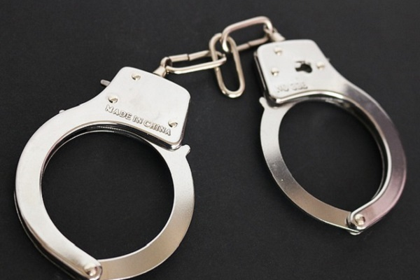 В Тамбове мужчина напал на сотрудника вневедомственной охраны