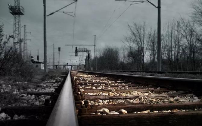 В Тамбовской области попал под поезд и погиб 15-летний школьник