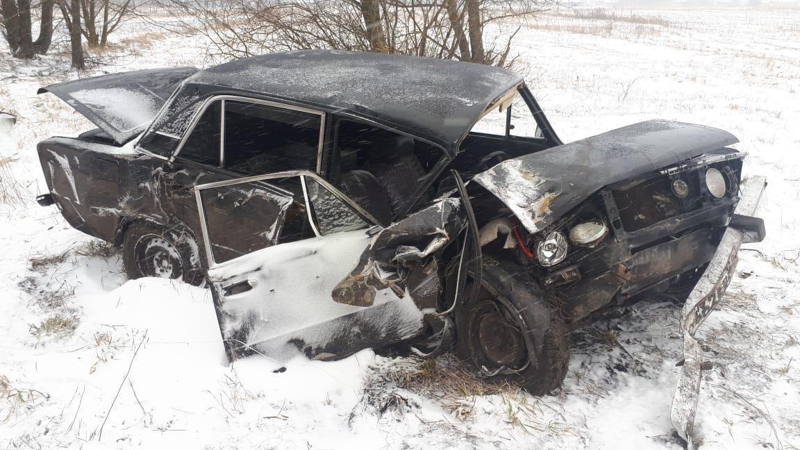 В Тамбовской области в двух ДТП пострадали четыре человека: среди них 15-летний подросток