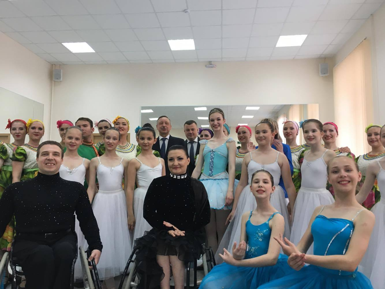 Полпред Президента РФ в ЦФО Александр Беглов пообещал тамбовским танцорам болеть за них на всех турнирах
