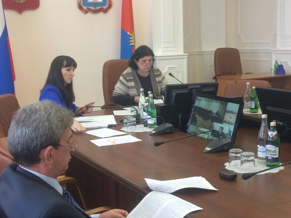 Комиссия по делам несовершеннолетних области привлекает детей из неблагополучных семей к сдаче норм ГТО