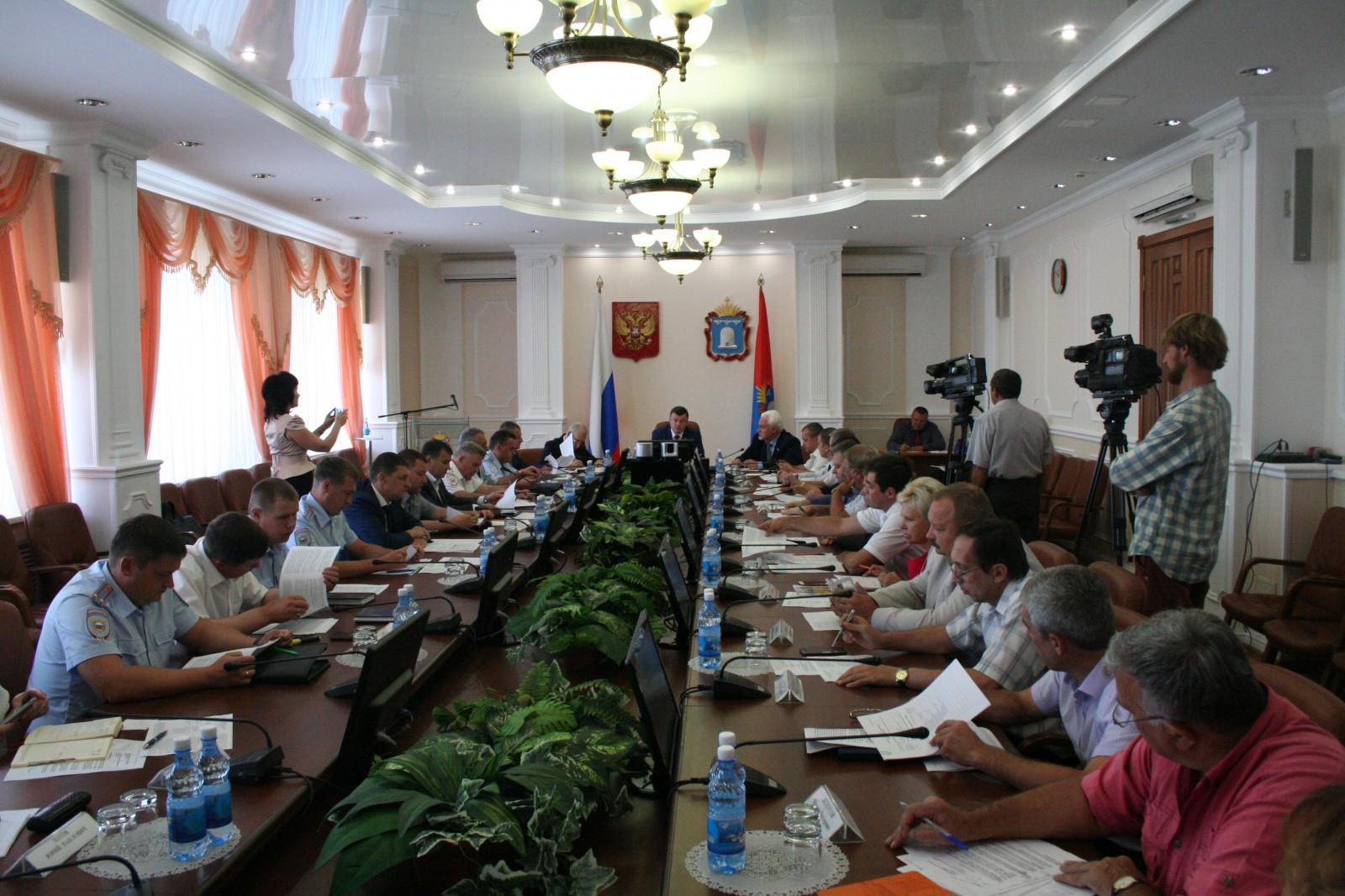 Александр Никитин потребовал усилить меры по обеспечению безопасности граждан