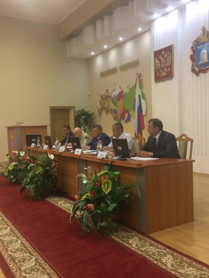 Тема дольщиков - на контроле у главы региона Александра Никитина