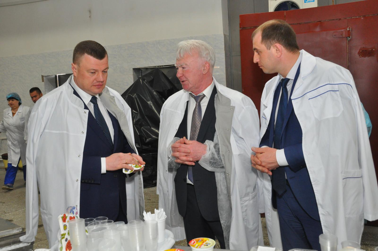 Губернатор Александр Никитин встречает свой день рождения на федеральном мероприятии