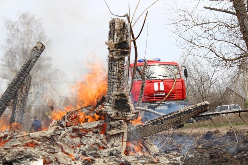 Пожарные Тамбовской области провели учения с реальным возгоранием