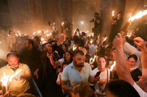 В Тамбов везут благодатный огонь из храма Гроба Господня