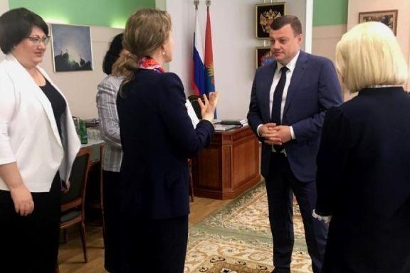 Александр Никитин встретился с представителями благотворительного Фонда Тимченко