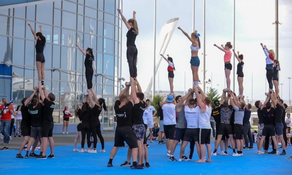 Черлидеры из Тамбова успешно выступили на международных соревнованиях в Сочи