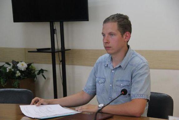 Депутат гордумы Артём Александров так и не извинился перед жителями улицы Степана Разина