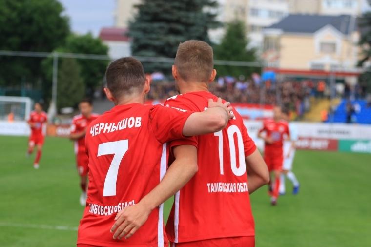 ФК «Тамбов» с первого места вышел в РПЛ