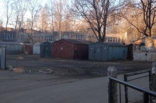 Незаконно установленные гаражи вТамбове мешают новоселью