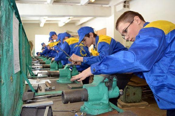 Областные учреждения профобразования примут на «бюджет» более 5 тысяч человек