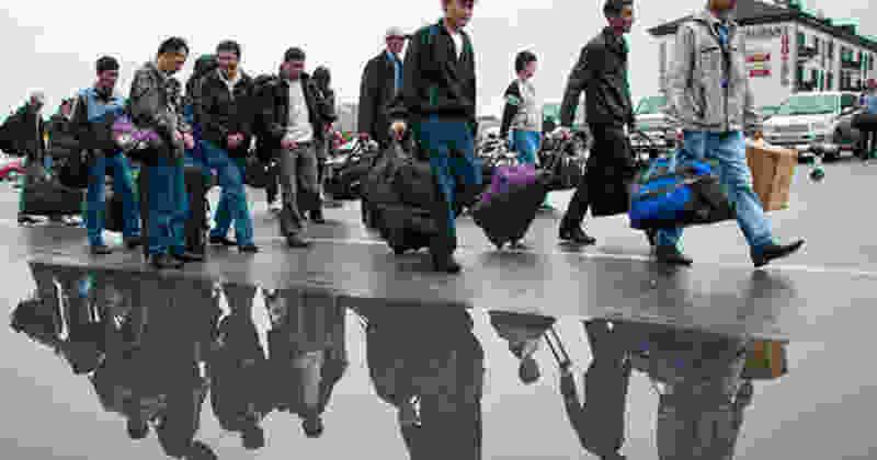 Общественники проверили, как в районе работает миграционная служба