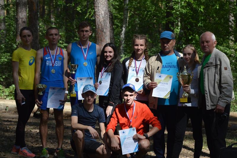 Около 400 легкоатлетов выступили на мемориале олимпийца Дутова в Тамбове