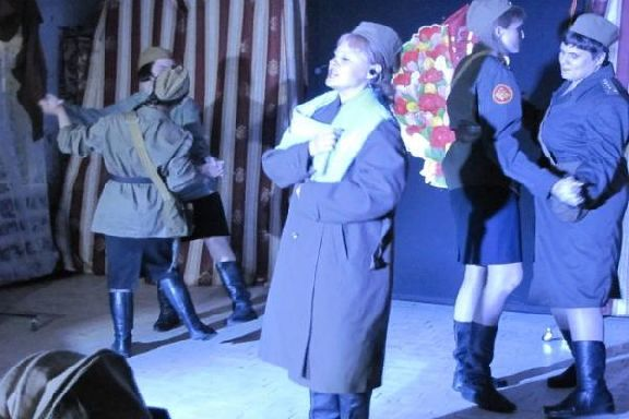 Спектакль о войне поставили актёры больничного театра в Тамбове