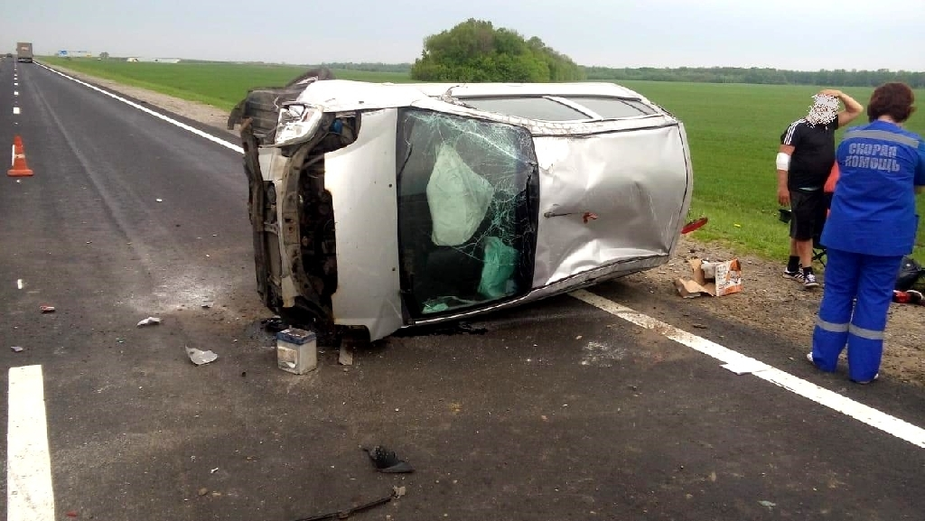 В Мичуринском районе водитель уснул за рулём и врезался в ограждение
