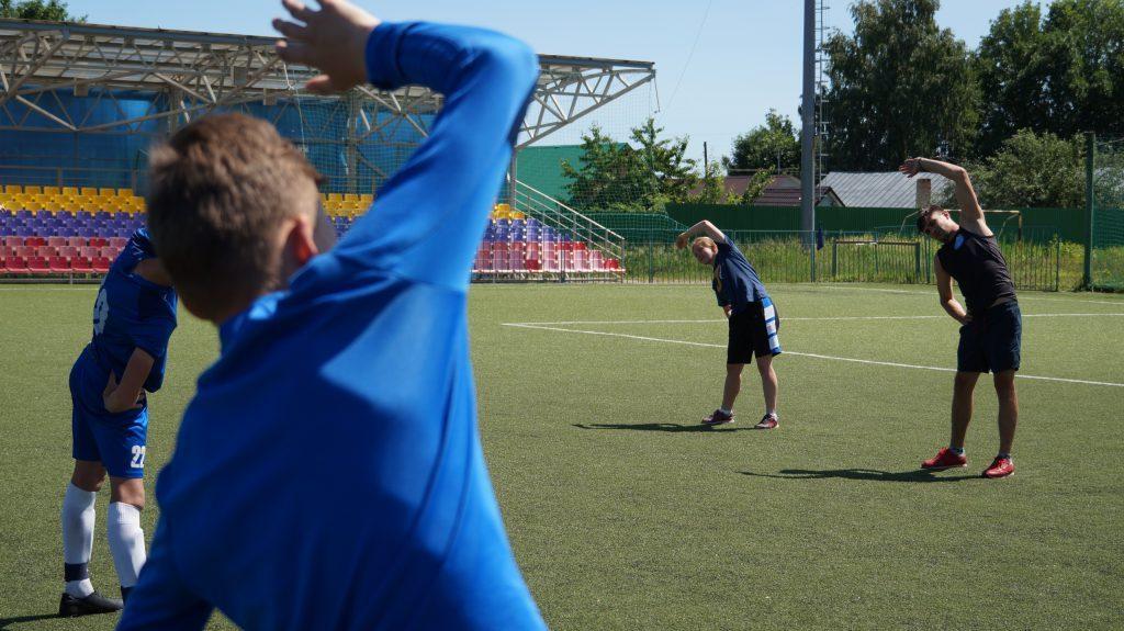 Боксёр Артур Осипов показал свои футбольные умения