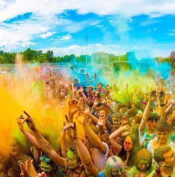 День города, фестиваль духовых оркестров и красок