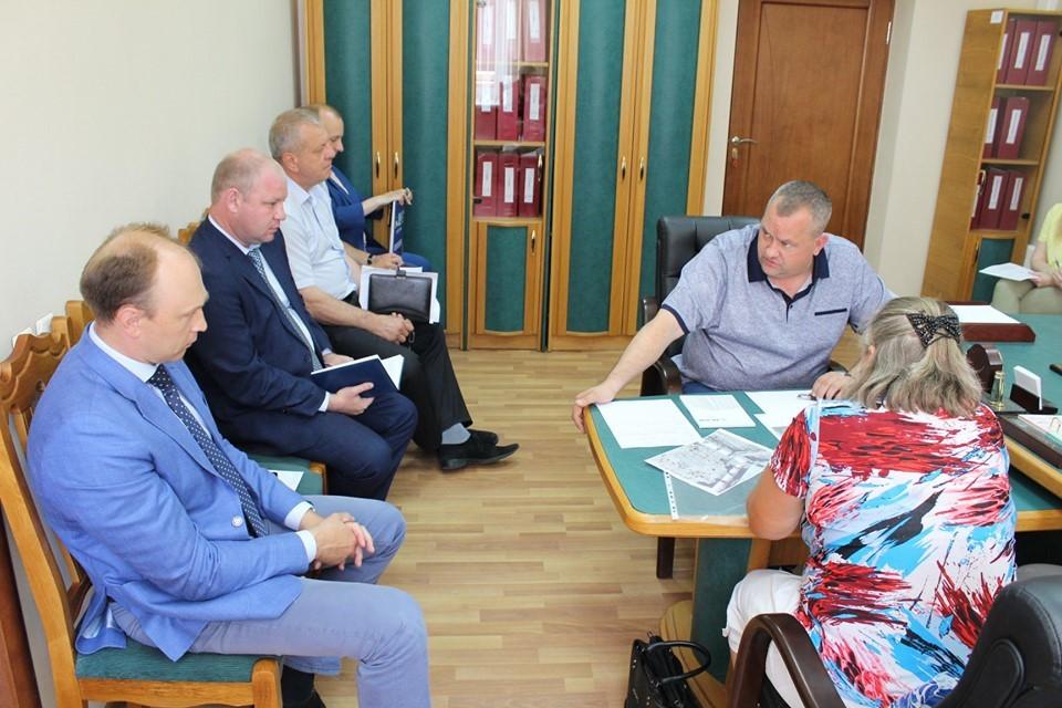 Первый вице-губернатор Олег Иванов провёл приём граждан