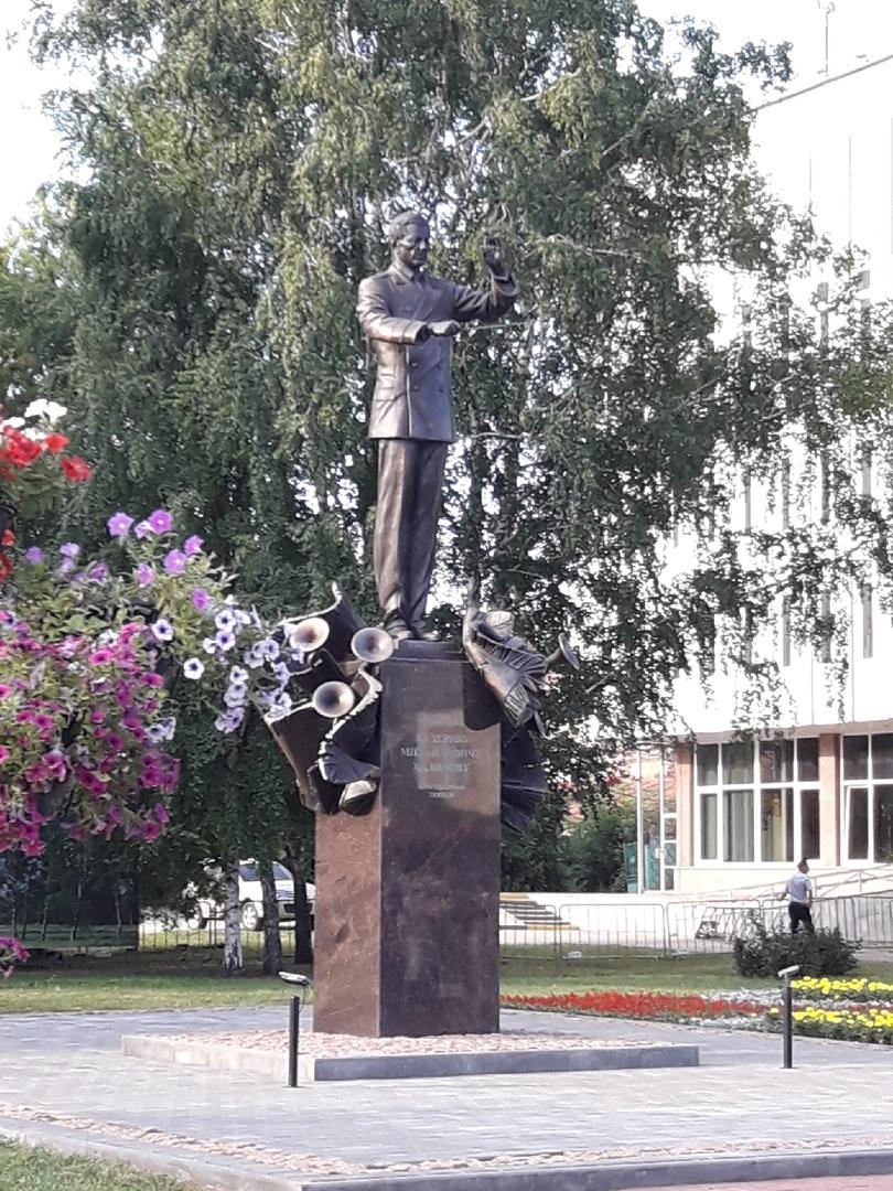 Тамбов стал городом трех военных музыкантов