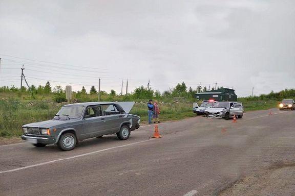 В Моршанском районе столкнулись две легковушки