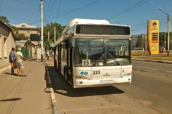 В Тамбове из-за резкого торможения автобуса пострадала пожилая пассажирка