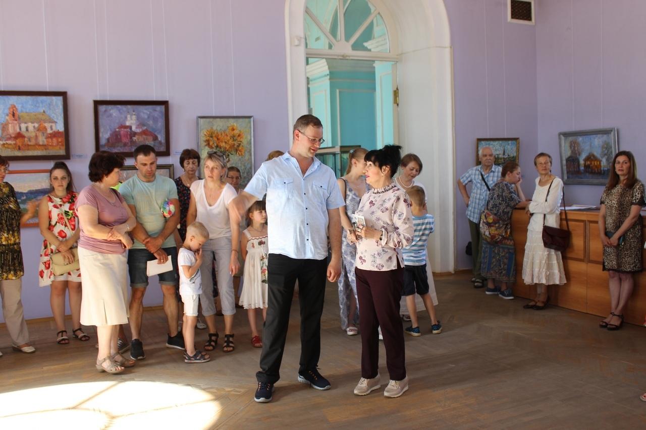 """В Тамбове открылась выставка """"Код живописи"""" Козловского"""