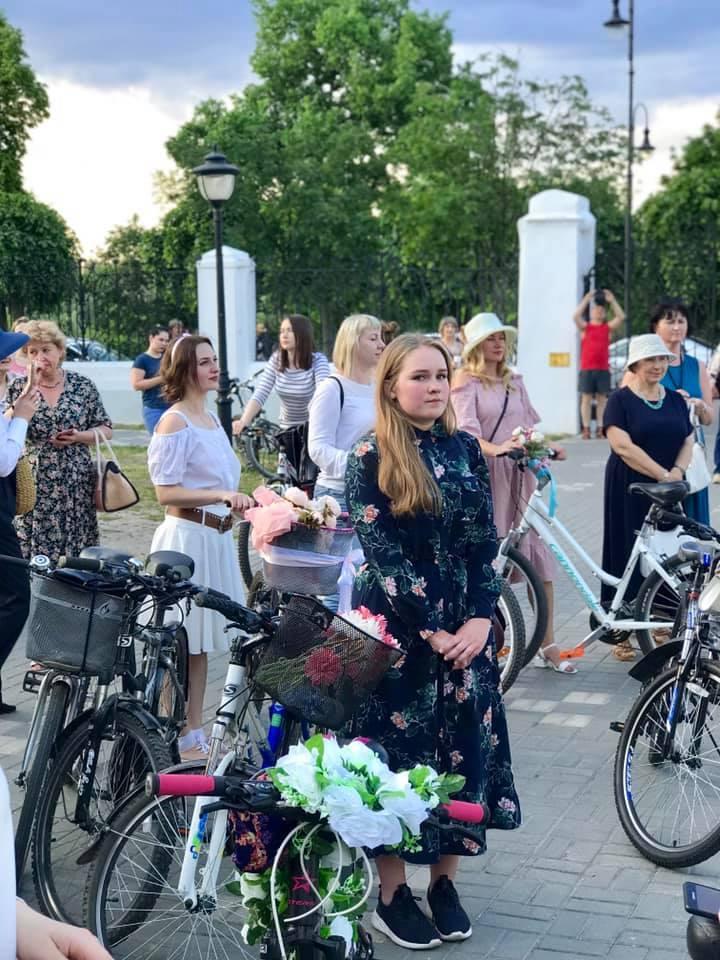 В Тамбове прошел твидовый ретро-велопробег в стиле модерн
