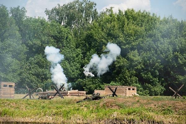 В Тамбове выстрелами из минометов начали торжества Дня России и Дня города