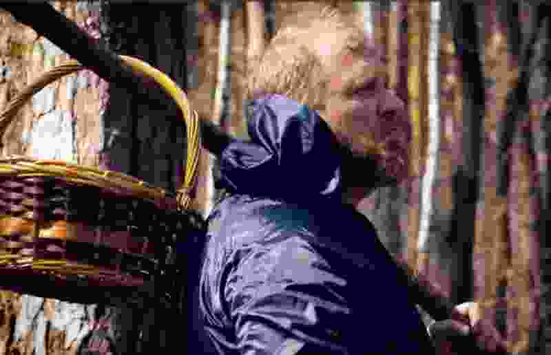 """""""Я не буду здесь есть"""" - Константин Ивлев из программы """"На ножах"""" попал в тамбовский """"Лес"""" с тараканами"""