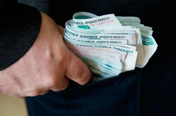 Брокер-мошенник выманил у тамбовчанина более 1,3 млн рублей