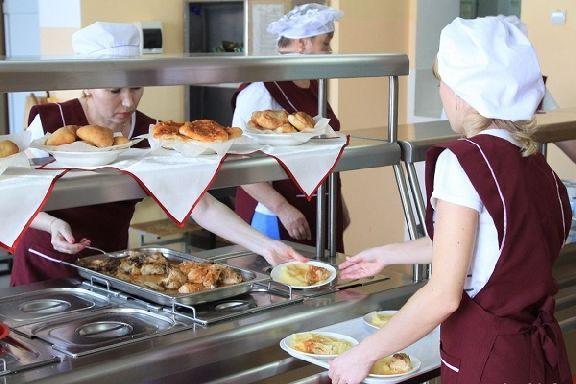 Генпрокуратура проведёт масштабную проверку питания в школах