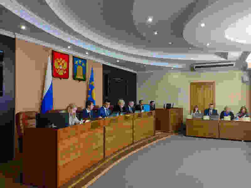 Председатель Тамбовской городской Думы предложил отчитываться за прогулы представителям всех фракций, а не только КПРФ